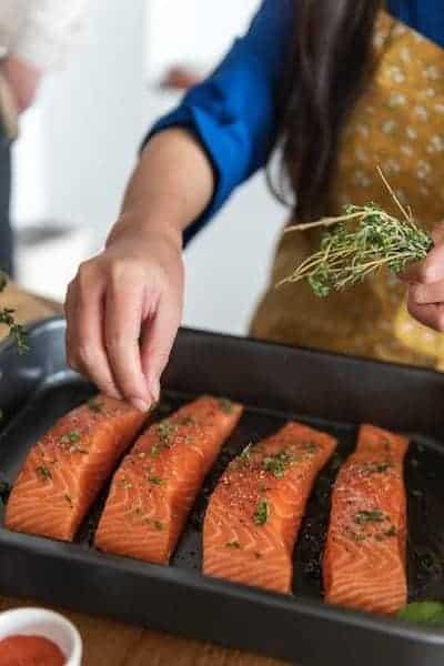 especiando salmón